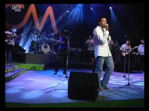 Banda XXI video Que bonito - CM Vivo 2003