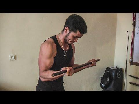 Skuteczne ćwiczenia na mięśnie pleców dla kobiet