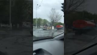 г.Темиртау, укладка асфальта в дождь пр.Металлургов-ул.Димитрова, 24.05.17