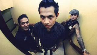 Download lagu Superman Is Dead Menuju Temaram Mp3