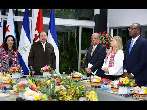 Embajadores de Panamá y Yibuti entregan Cartas Credenciales al Presidente Daniel Ortega y la Vicepresidenta Rosario Murillo
