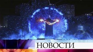 Великолепным огненным шоу завершился первый день фестиваля «Круг света» в столице.