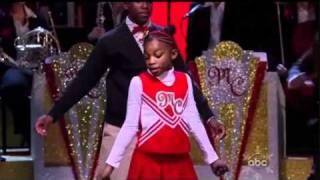 Mariah Carey - Oh Santa! Acapella Live - Christmas Special 2010