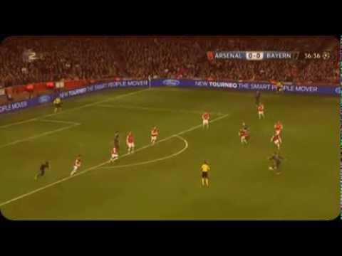 Tony Cross Amazing Pass to Robben and red card Szczęsny (Arsenal vs Bayern Munchen)
