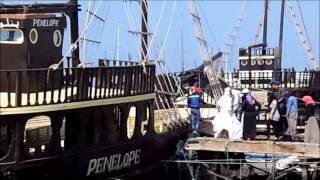 preview picture of video 'Tunesien 2014 Der Hafen von HOUMT SOUK'