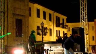 preview picture of video 'Fabrizio Moro - Gastrite @Alatri 21/04/2012'