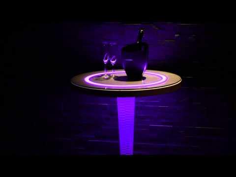 Lounge-LED WOOD Round Stehtisch