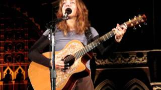 Ani DiFranco - Do Re Me (Woody Guthrie) (Union Chapel, London, 10/01/2012)