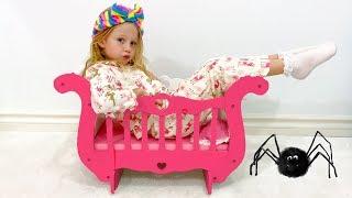 Настя и её новая кровать-карета для принцессы