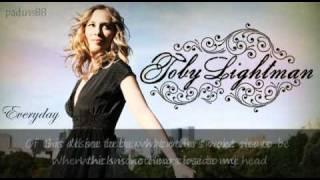 Toby Lightman - Everyday (Lyrics)
