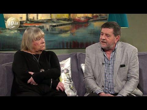 """Johan Asplunds föräldrar: """"Vi vet vem som mördade vår son"""" - Malou Efter tio (TV4)"""