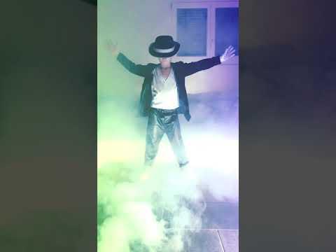 Michael Jackson 5 Years old Boy dance Smooth Criminal
