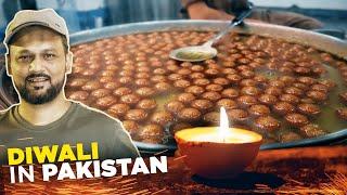 Diwali in Pakistan | Doodh Dulari, Lab e Shireen aur Pan | Burns Road Street Food  | Pakistani Food