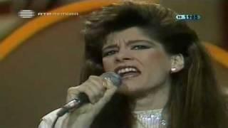 Penso En Ti (En vivo) - Adelaide Ferreira  (Video)