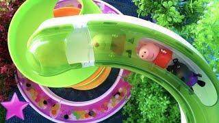 PEPPA PIG Diversión en los TOBOGANES GIGANTES Playmobil Vídeos Peppa Pig #67