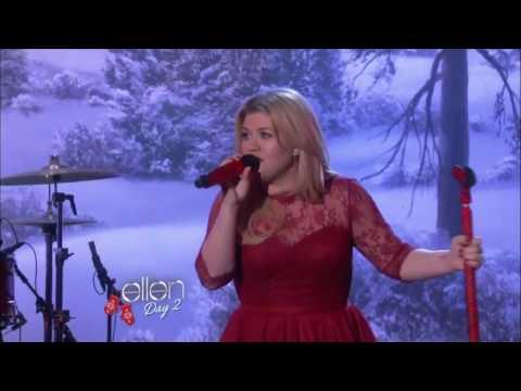 Kelly Clarkson - Underneath the Tree [Ellen Show 2013]