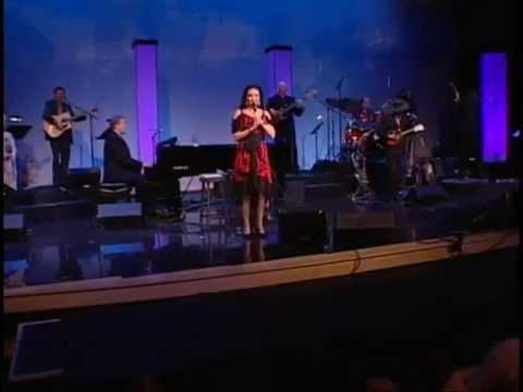 Crystal Gayle - Wrong Road Again (Nashville 2006)