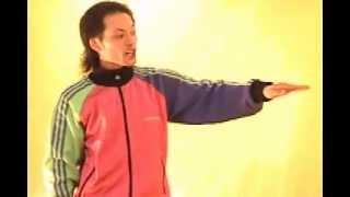 Смотреть онлайн Как сделать движение волна руками в брейк-дансе