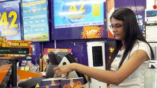 What are the odds of winning New Zealand's second biggest Lotto prize of $42 million?