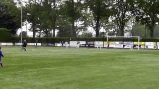 preview picture of video 'SHH Herten D1 vs. Buitenveldert D1 Samenvatting NK Voetbal Talenten toernooi Veldhoven 2013'