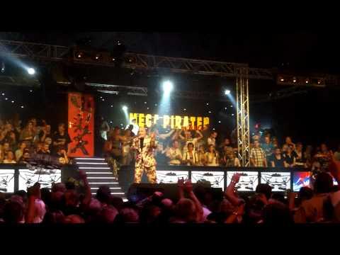 Mega Piraten Festijn Wanroij 2010 - In de blote kont