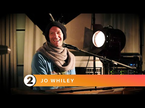 Coldplay – Cry Cry Cry on BBC Radio 2