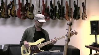 Shining Star - Earth Wind and Fire - MarloweDK Bass playalong