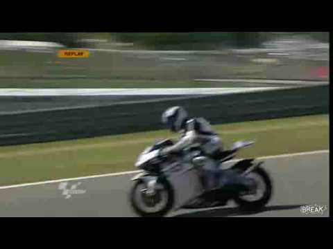 Perfekcyjnie opanował motocykl!