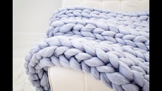 HAND KNIT A BLANKET WITH MERINO WOOL, SMALL SIZE