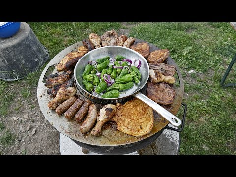 Czaja Stanzteile   Barbecue mit der Grillplatte auf der Feuerschale   Grillen Kochen BBQ