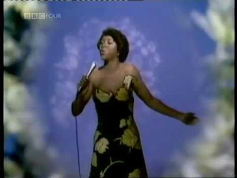 "Deniece Williams ""That's What Friends Are For """