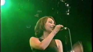 ECHOBELLY. go away. live at phoenix festival, 1996