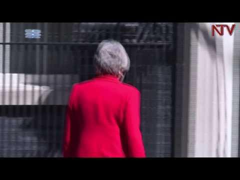 Katikkiro wa bungereza Theresa May entebe emwokeza