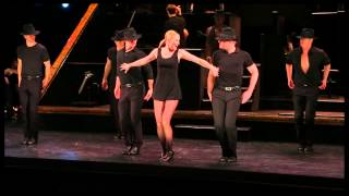 "Jennifer Nettles and the Company of ""Chicago"" Perform ""Roxie"""