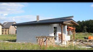 Диагональная двускатная крыша в доме из газобетона