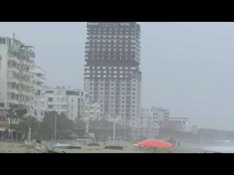 Durrësi u rrënua, por ja çfarë ndodhi me pallatin 28 katësh në Golem pas tërmetit