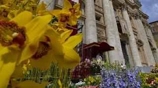 La Messa di Pasqua e la Benedizione ''Urbi et Orbi''