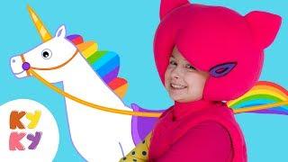 КУКУТИКИ 👸 Принцесса - волшебная песенка для девочек 🍓 единорог карета бал  - веселая песня