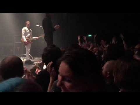 Miles Kane - Killing The Joke live @ L'Epicerie Moderne (Feyzin / France)
