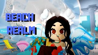 Reacting to the BEACH HOUSE! // Roblox Royale High Updates