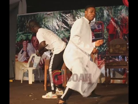 Singer, Femi Solar Sings As Woli Agba and Dele Danced With Their Choir Members At His Show