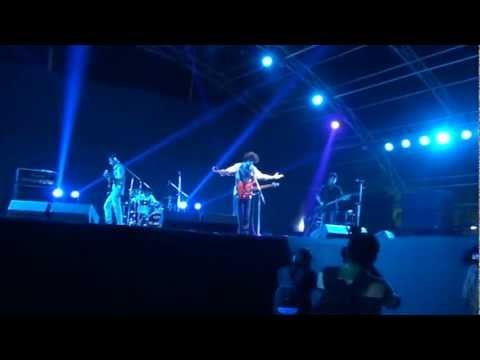 "Reserpine - ""The Rules"" Live at NIRMA UNIVERSITY's HORIZON'13- Headbanger's ball!"