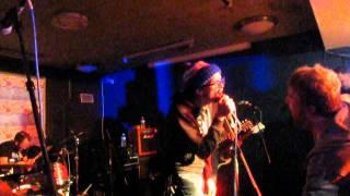 "Chixdiggit! & Mikey Erg ""Brunette Summer"" live @Crossbonefest 2014 (BE)"
