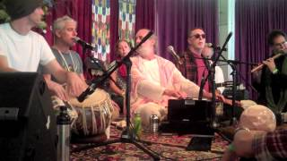 Chant Finale at Omega Fall Ecstatic Chant 2010 with Krishna Das, Shyamdas, Jai Uttal, and others