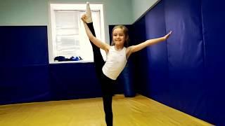 Часть 2/Художественная гимнастика в зале борьбы, не сложные элементы! Гимнастика для начинающих!