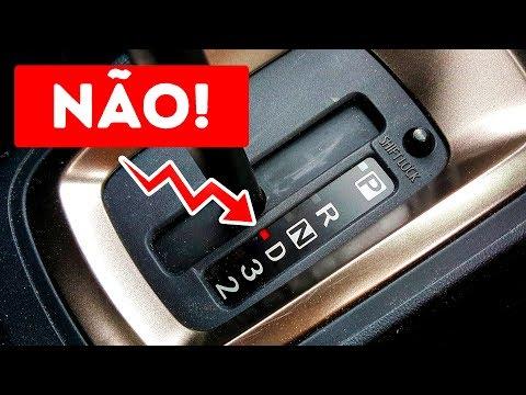 Jamais faça isso em um carro automático!