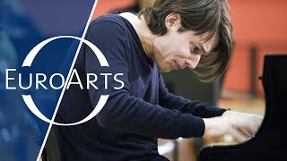 Swing, Sing & Think: David Fray – Bach's Keyboard Concertos (HD 1080p)