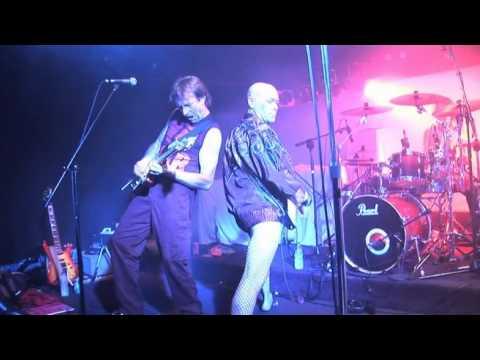 GEEZA RUN N HIDE Manly Fishos 27/11/2010