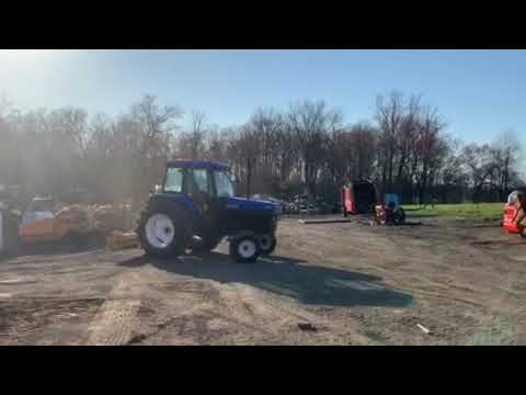 NEW HOLLAND FORD 6640 TRACTOR FULL CAB 3 POINT HITCH 540 PTO REAR