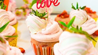 Fresh Strawberry Cupcakes  How to make Strawberry Cupcakes with Buttercream